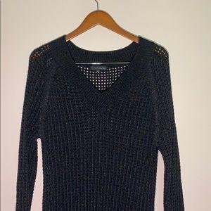 Pierri New York long waffle sweater black V neck
